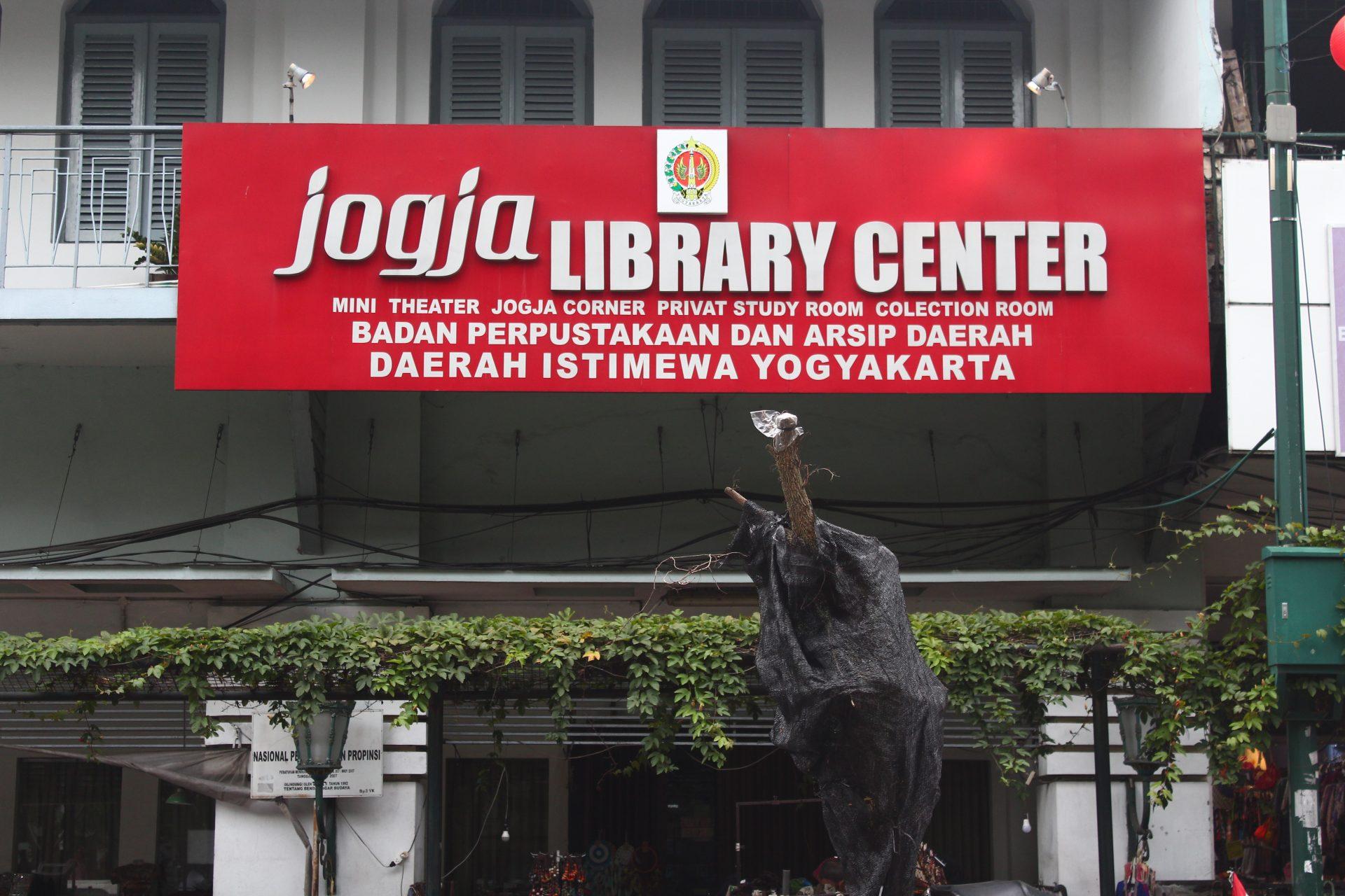 Jogja Library Center Di Tengah Keramaian Kota